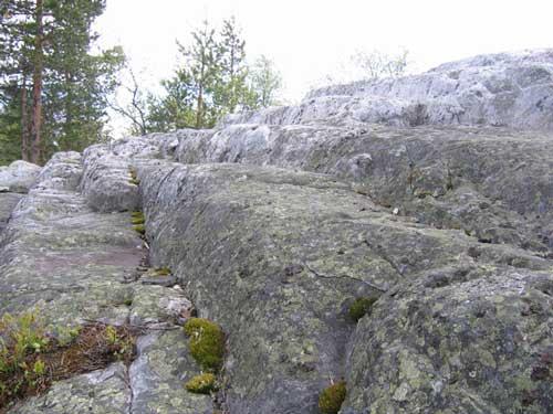 Загадочная «лестница» на горе Воттоваара